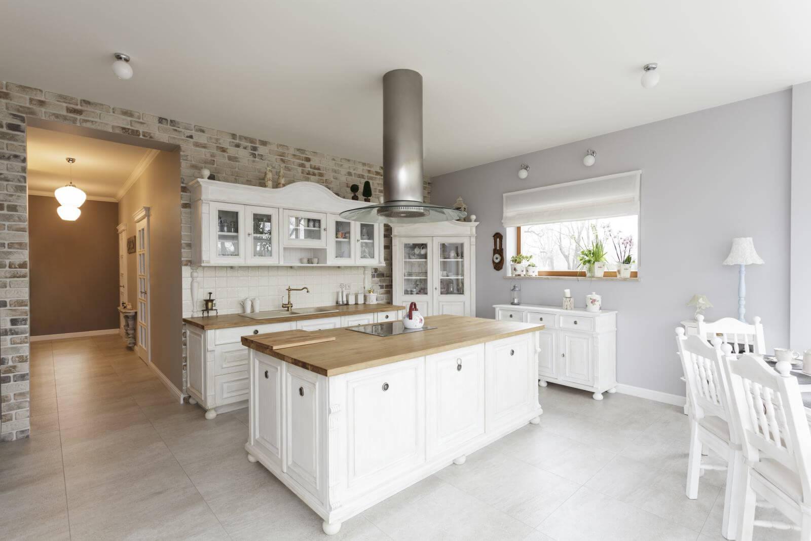 Tuscany - white furniture in luxury kitchen